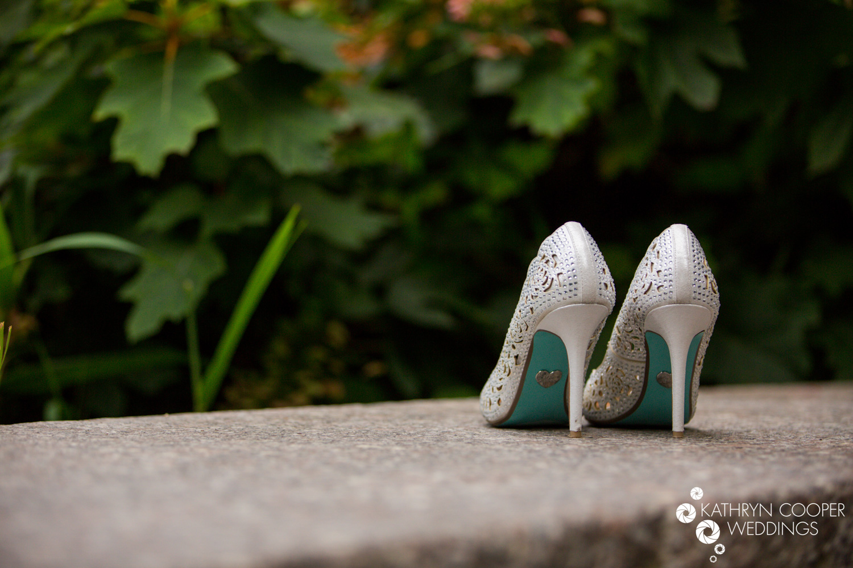 Betsey Johnson shoes blue underside NYC