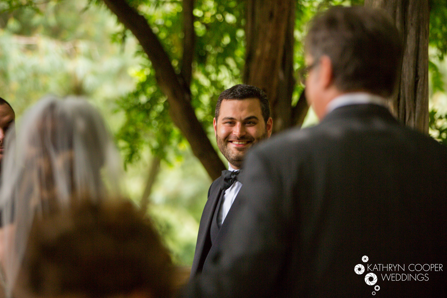 Groom sees bride for the first time - first look in Central Park