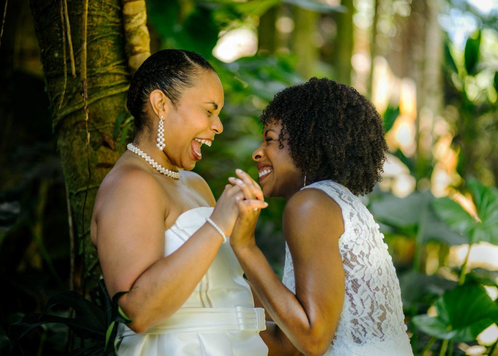 Hawaii lgbtq friendly photographer wedding
